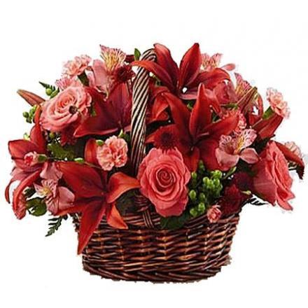 Καλάθι με διάφορα λουλούδια της εποχής (μόνο για Ελλάδα)