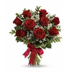 10 Red roses in a vase (Cy)