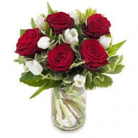 Τουλίπες και τριαντάφυλλα σε αρμονία! (μόνο για Ελλάδα)