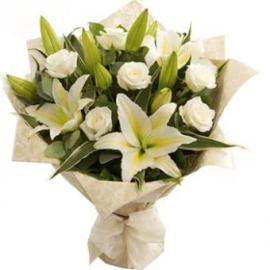 Bouquet White Roses, White Lilies
