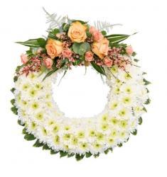 Classic White Wreath (UK)