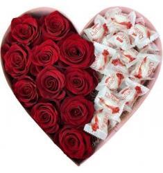 Heart with  Roses & Rafaello